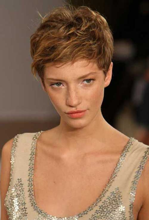 Best Pixie Cut Wavy Hair