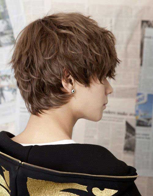 Pixie Cut for Wavy Hair Back View