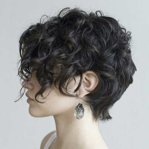Good Pixie Haircuts for Curly Hair