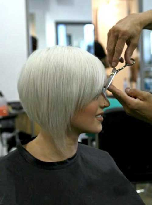 Platinum Blonde Short Haircuts with Bangs