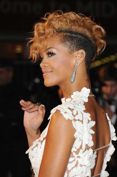 Rihanna Curly Short Blonde Hair