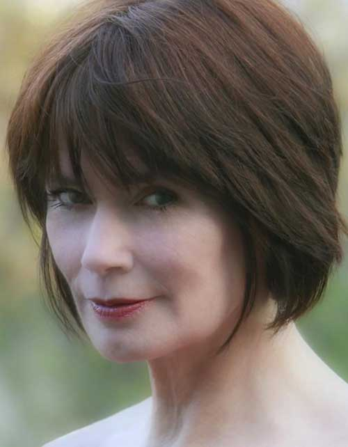 Short Simple Bob Hairstyles Ideas for Women over 50