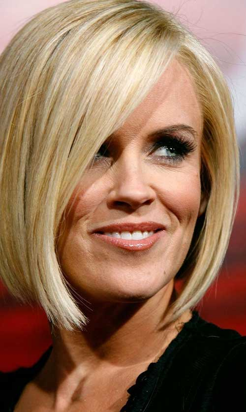 Short to Mid Bob Straight Hairstyles
