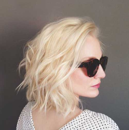 Soft Wavy Hairstyles for Short Blondie Hair