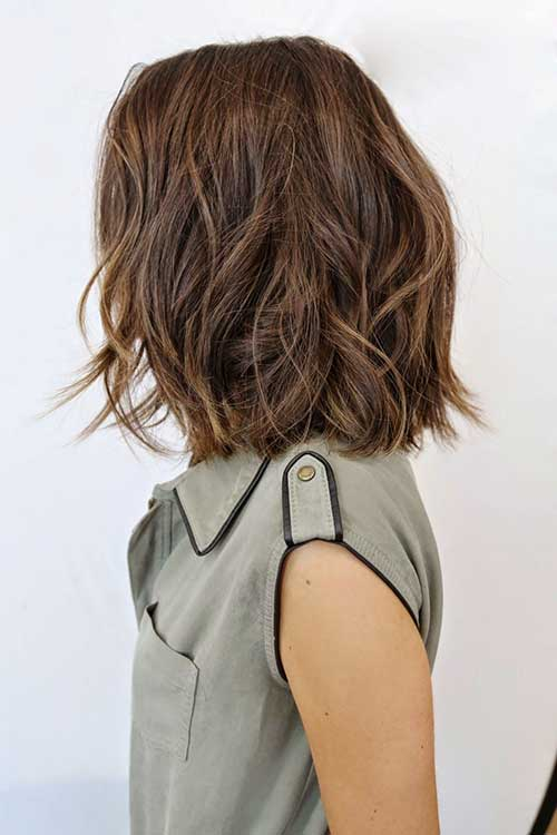 Soft Wavy Medium to Short Haircuts