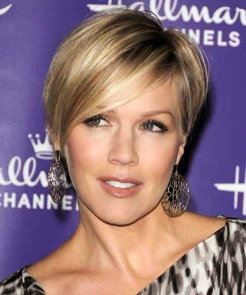 Trendy Short Blonde Hair 2015