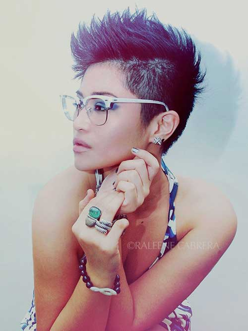 Trendy Short Mohawk Hair for Women