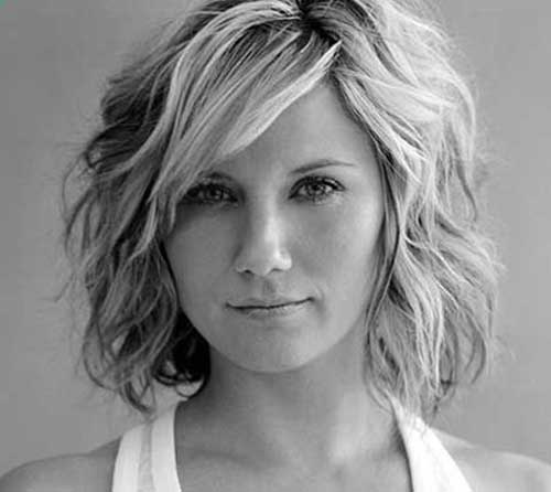 Wavy Trendy Short Haircuts