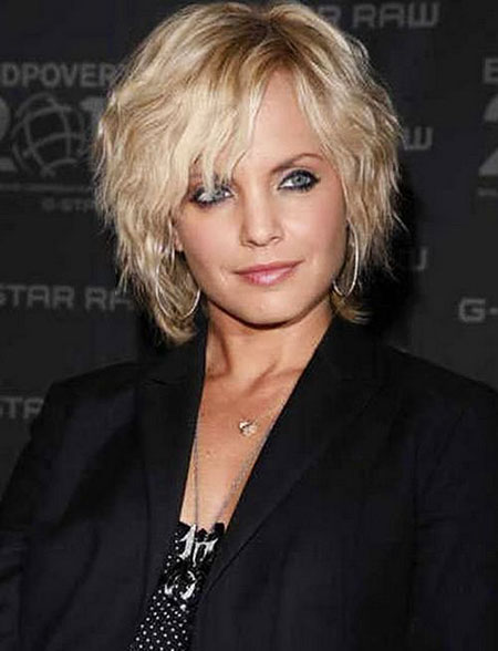 Best Hairstyles for Short Hair - 11