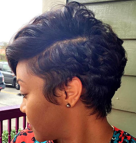 Short Hairstyles for Black Women - 12-