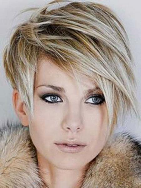 Best 2016 Short Hair with Bangs - 13