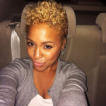 Short Hairstyles for Black Women - 14
