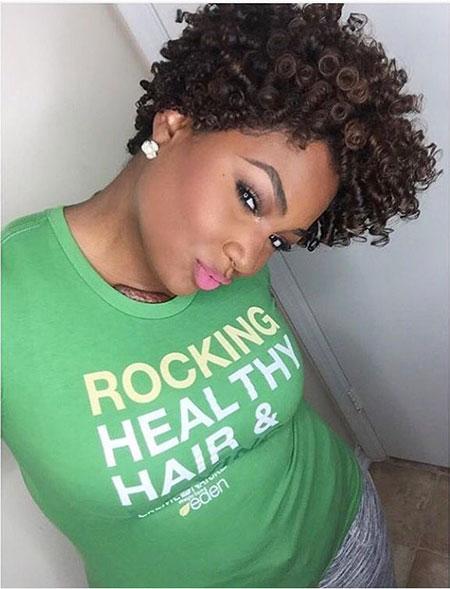 Short Haircuts for Black Women - 17-