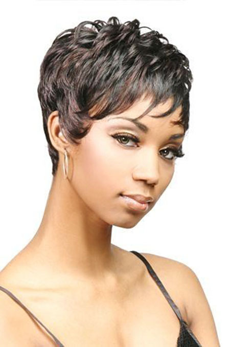 Short Haircuts for Black Women - 17