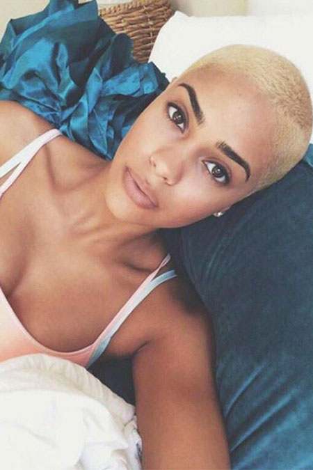 Short Hairstyles for Black Women - 18-