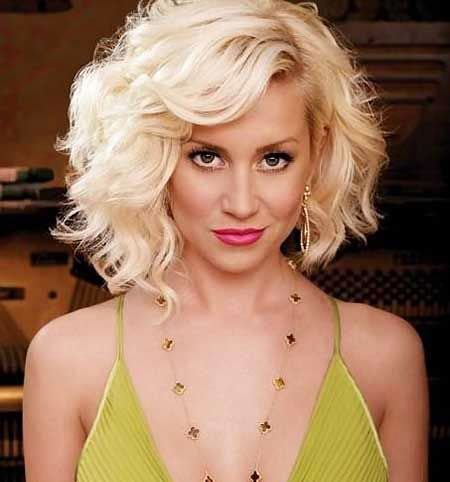 2016 Short Hairstyles with Bangs - 19