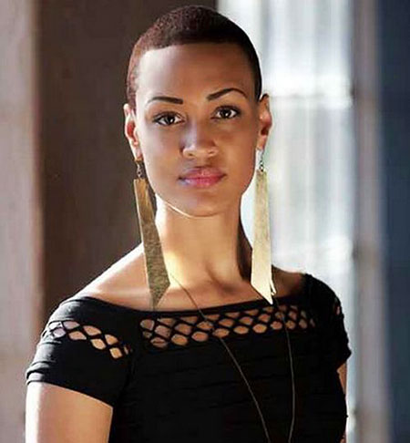 20-short-haircuts-for-black-women-2016122342