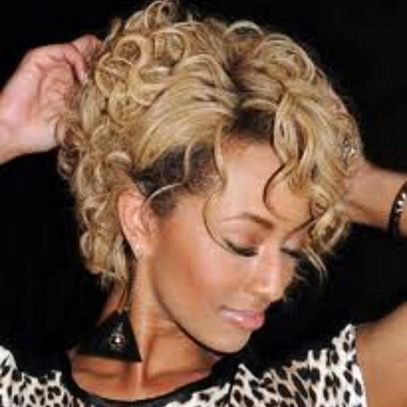 Short Curly Hairstyles Black Women - 21-