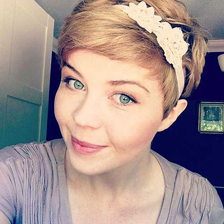 Best Hairstyles for Short Hair - 24-