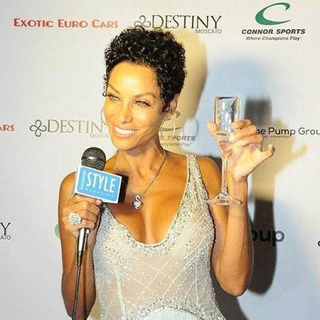 Short Curly Hairstyles Black Women - 24-