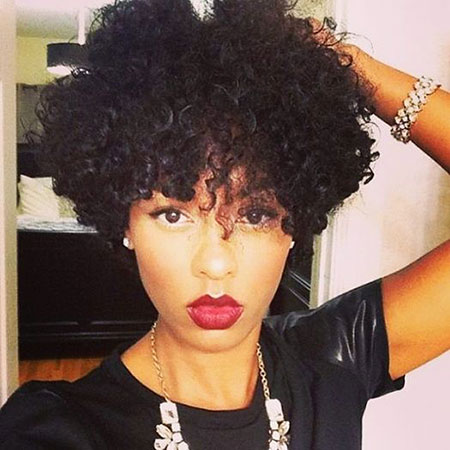 Short Hairstyles for Black Women - 24
