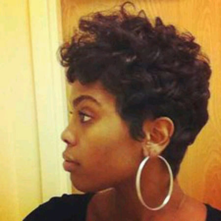 25-short-haircuts-for-black-women-2016121831