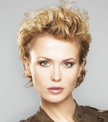 Best Hairstyles for Short Hair - 27