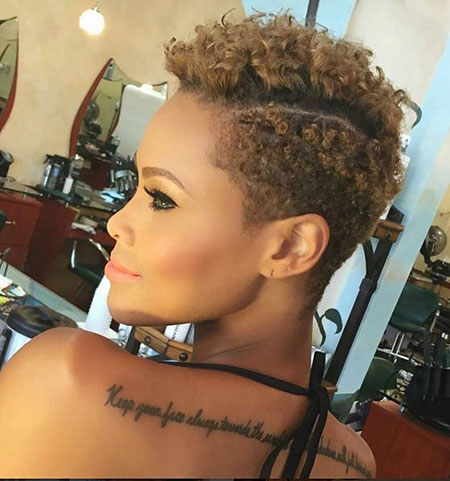 Short Hairstyles for Black Women - 33-
