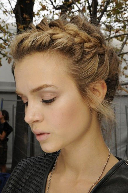 Hairstyles for Short Hair - 40-
