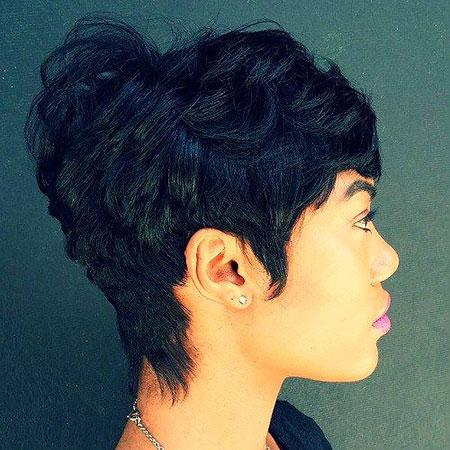 Short Hairstyles for Black Women - 7-