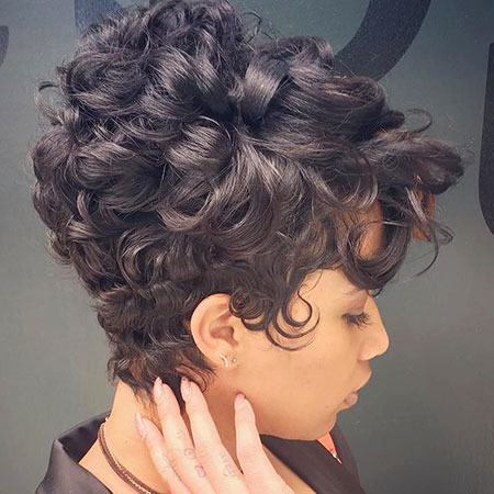 Short Hairstyles for Black Women - 8-