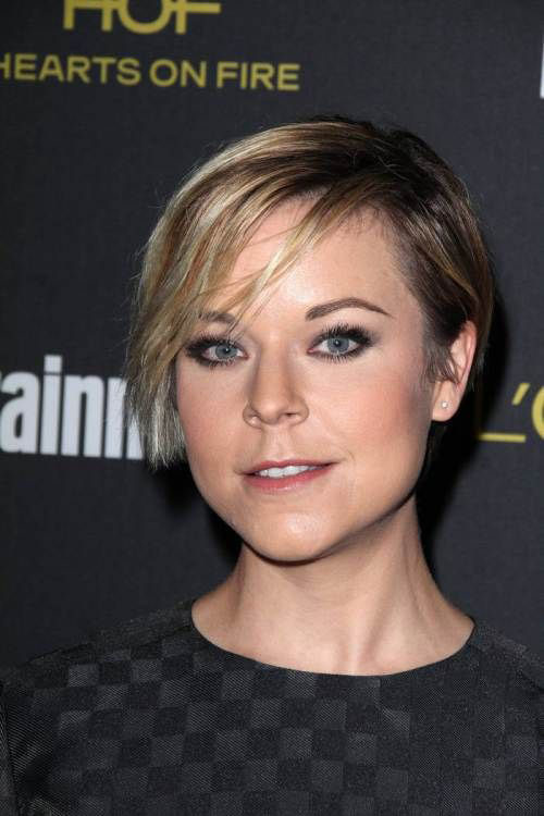 Tina Majorino New Asymetrical Short Hair