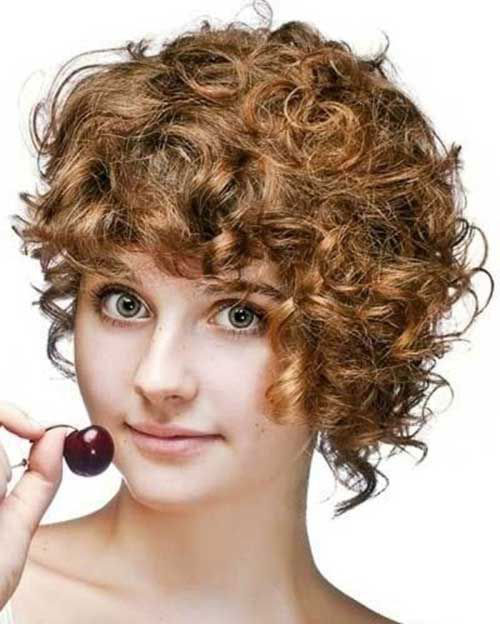 Best Asymmetrical Cut Curly Short Haircuts for Round Face