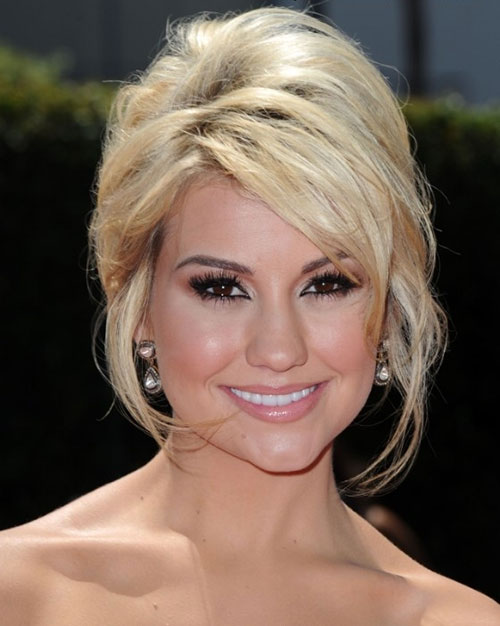 Chelsea Kane Short Blonde Haircuts