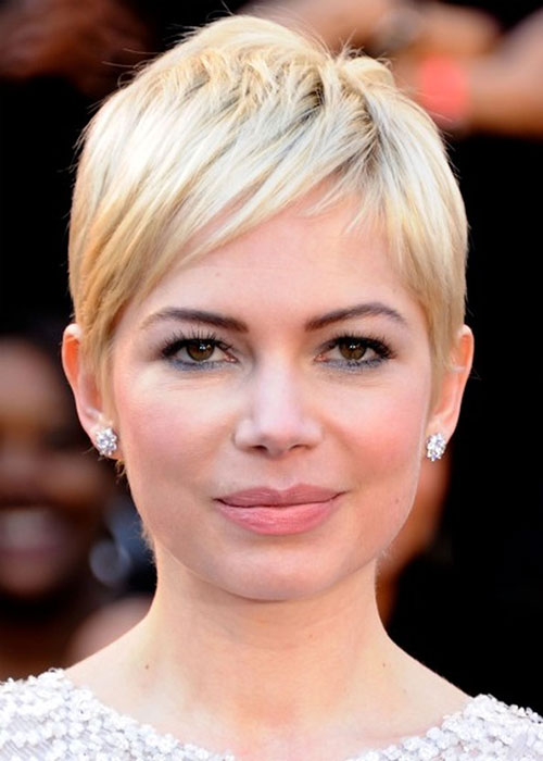Cute Actress with Short Blonde Hair Styles