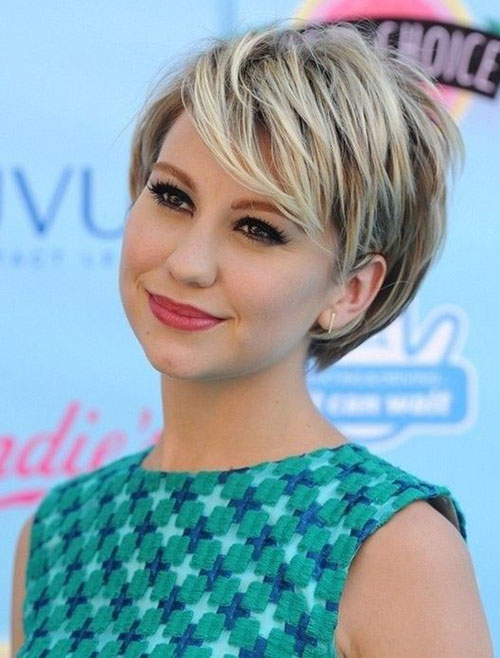Cute Hairstyles for Short Blonde Hair with Bangs