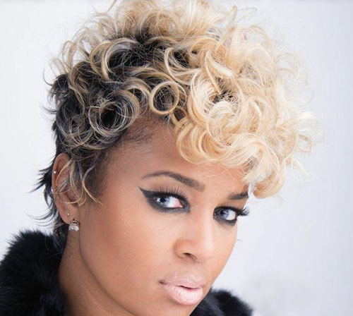Cute Short Blonde Hair Styles for Black Women