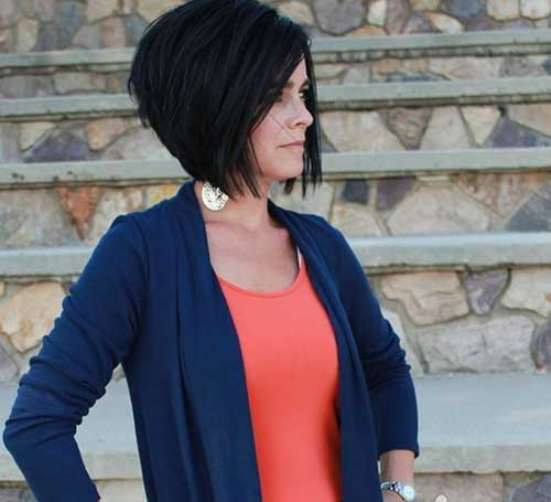 Inverted Short Bob Dark Hairstyles
