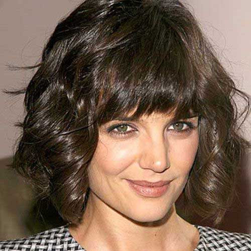 Katie Holmes Short Haircuts for Thick Wavy Hair