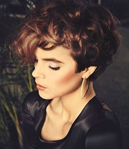 25+ Latest Short Curly Hairstyles for Fun Style | Short Hairstyles ...