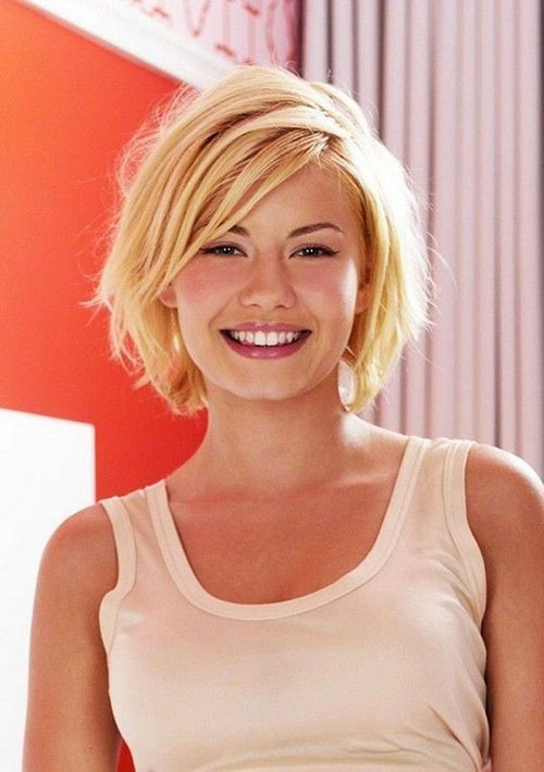 Best Layered Short Hairstyles for Girls