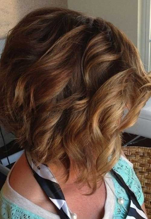 Short Bob Hairstyles for Thick Wavy Hair