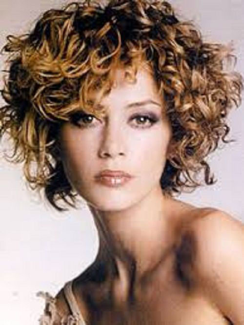 Best Short Haircuts for Round Faces and Thick Curly Hair