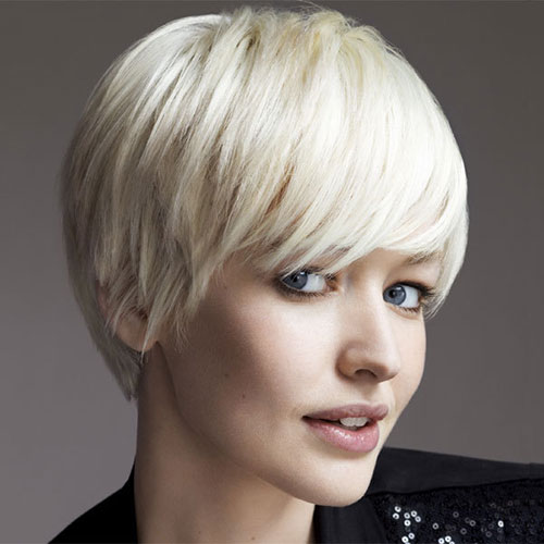 Stylish Haircuts for Short Cute Thick Blonde Hairstyles