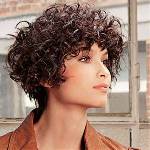 Trendy Short Thick Curly Hairstyles