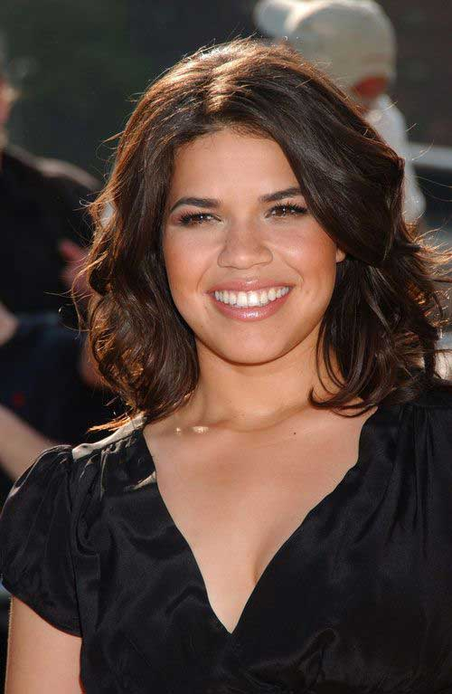 Medium Short Wavy Hairstyles-10