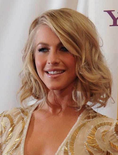 Medium Short Wavy Hairstyles-14