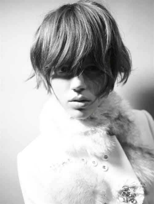 Short Haircuts for Oval Face-15