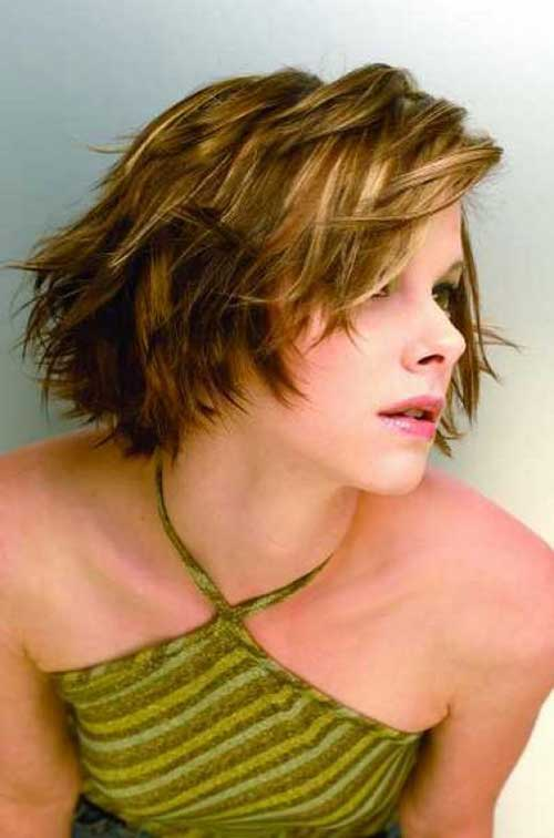 Cute Short Wavy Hair-15
