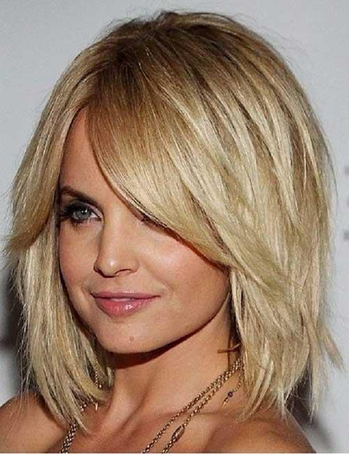 Short to Medium Haircuts-17